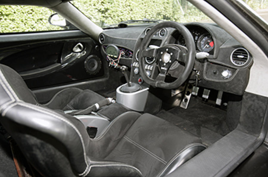 Noble M600 dashboard