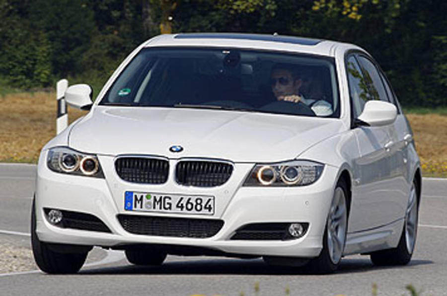 BMW 320d Efficient Dynamics hard cornering
