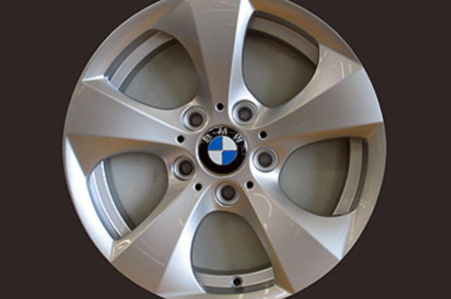 BMW 320d eco efficient alloys