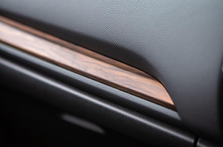Honda CR-V 2018 road test review - interior trim