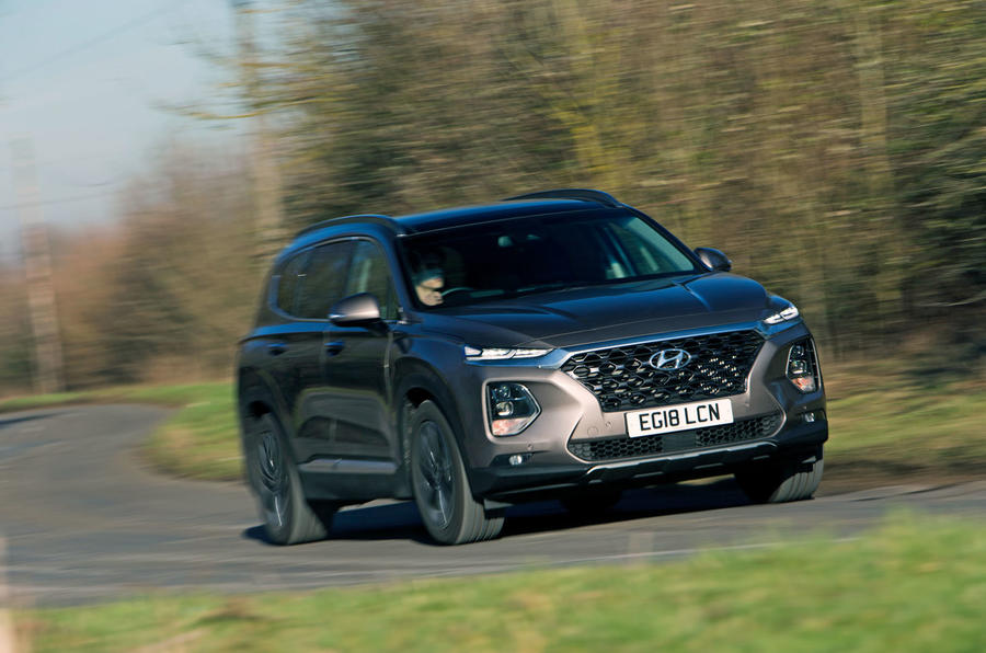 Hyundai Santa Fe 2019 road test review - on the road front