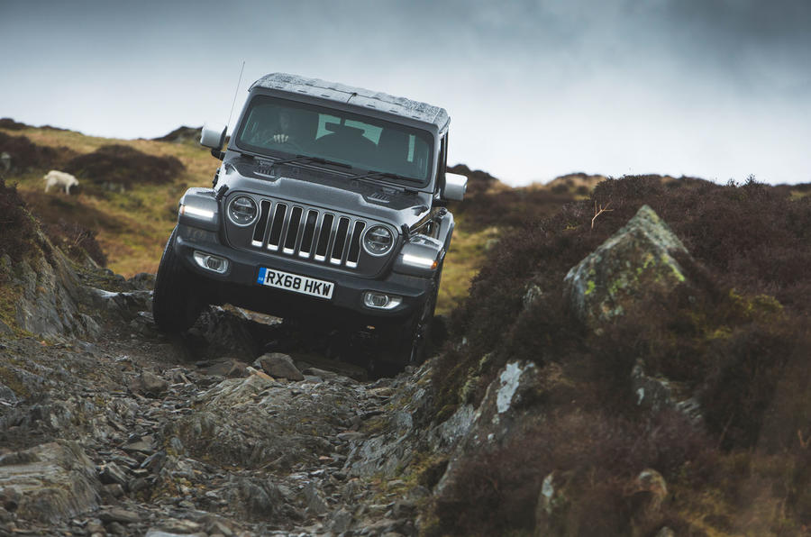 Jeep Wrangler 2019 road test review - off road front