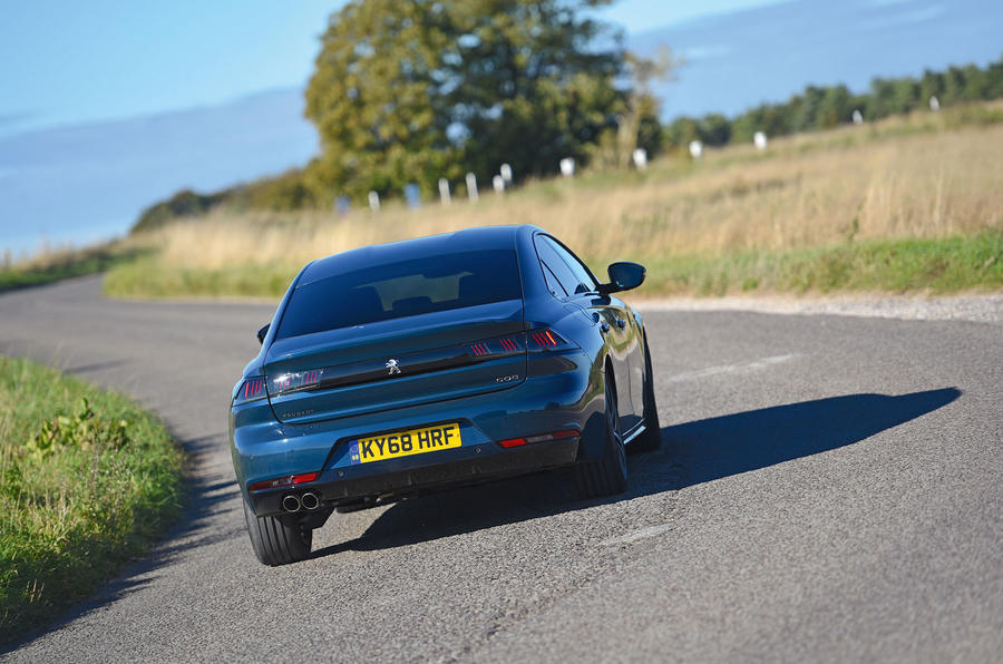 Peugeot 508 2018 road test review - cornering rear