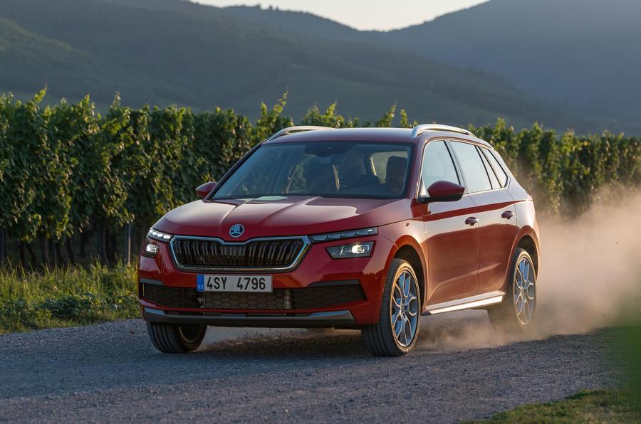 Skoda Kamiq 2019 road test review - dust