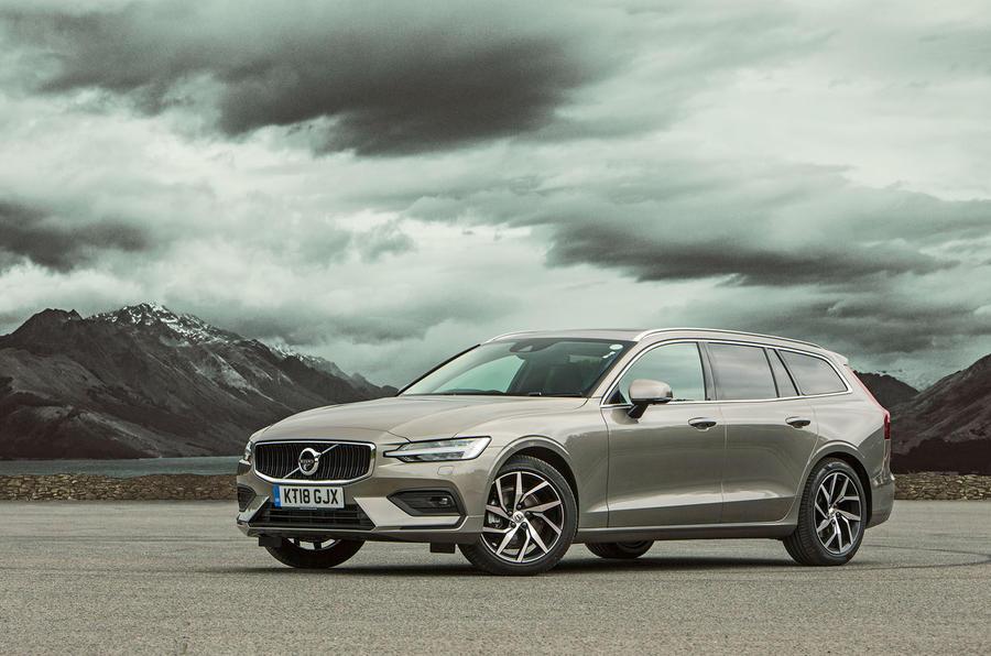 Volvo V60 2018 road test review hero static
