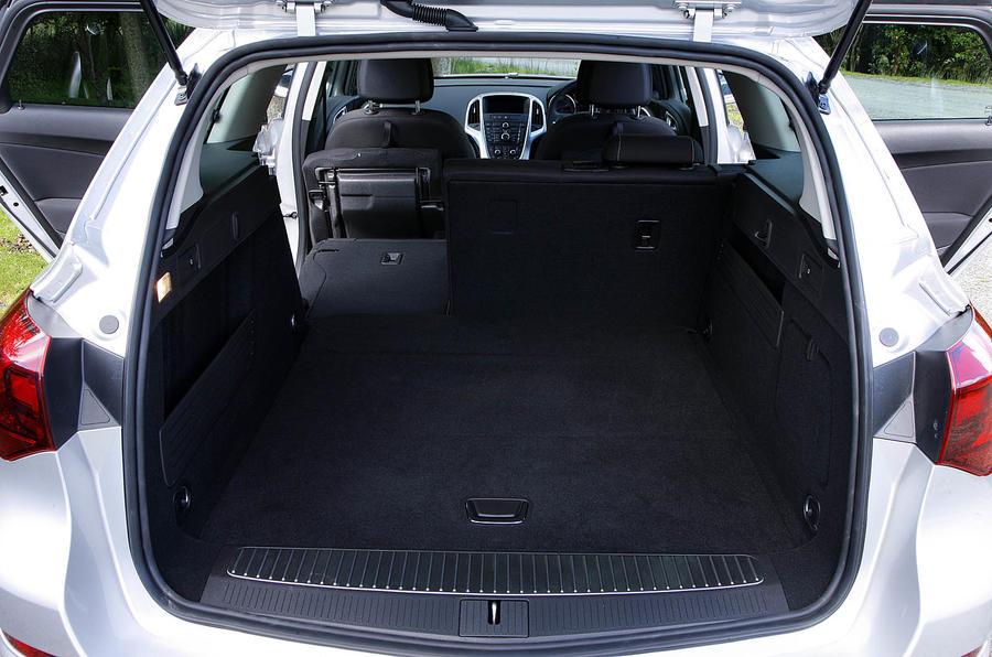 Vauxhall Astra Sports Tourer review  Autocar