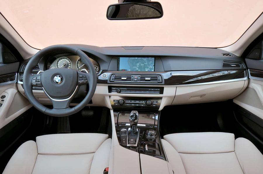 BMW Active Hybrid 5 dashboard