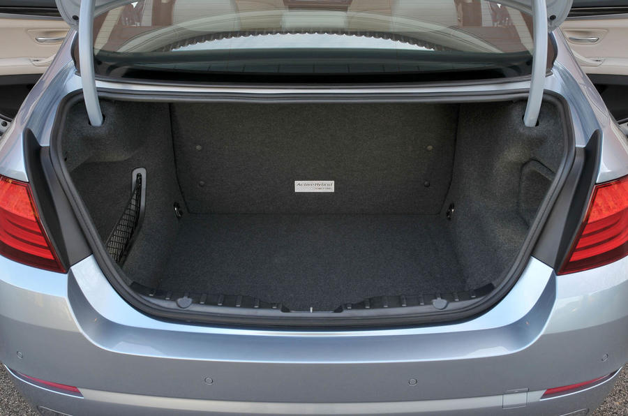BMW Active Hybrid 5 boot space
