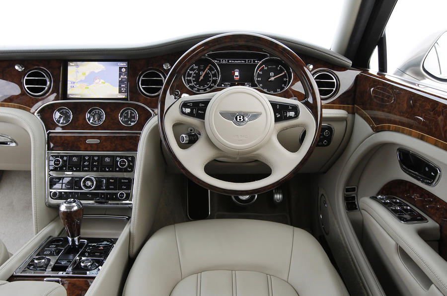 Bentley Mulsanne dashboard
