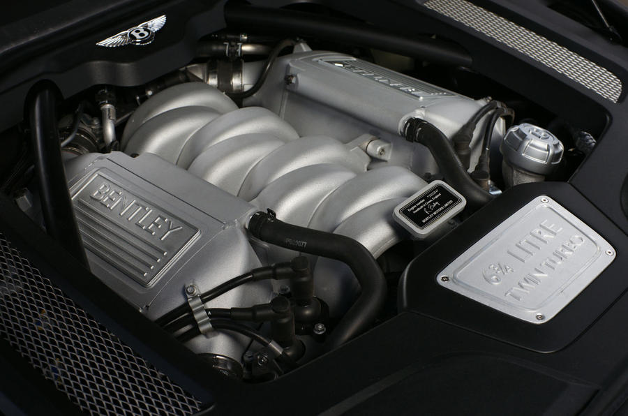 6.75-litre V8 Bentley Mulsanne engine