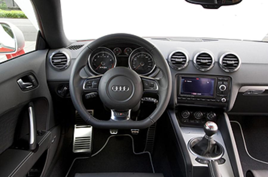 audi tt rs 2 5 coupe review autocar rh autocar co uk 2009 audi tt owners manual pdf 2009 audi tt 3.2 manual coupe