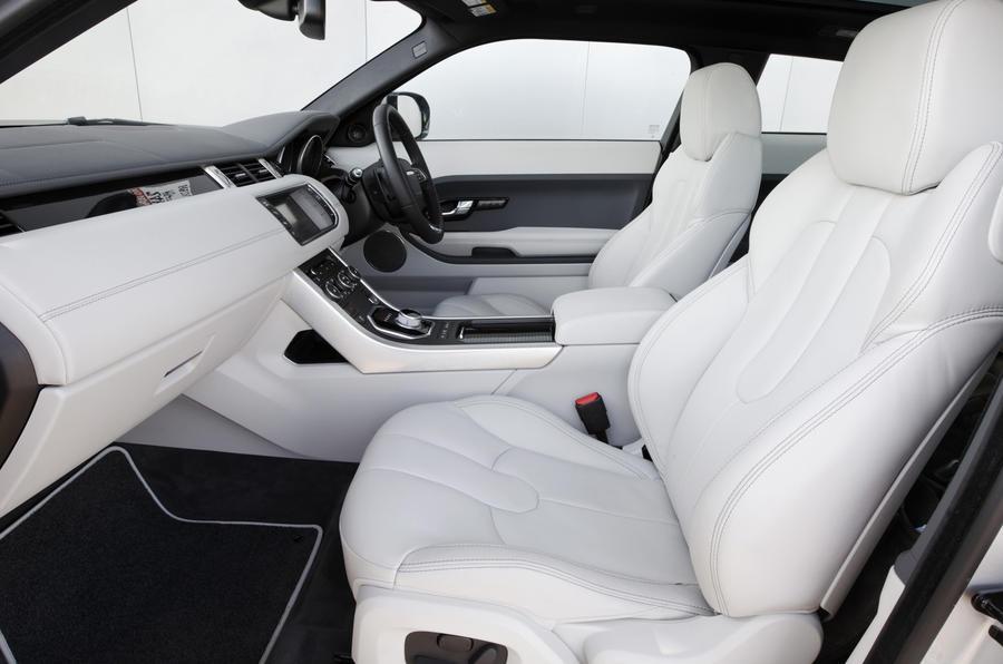 Range Rover Evoque Si4 interior