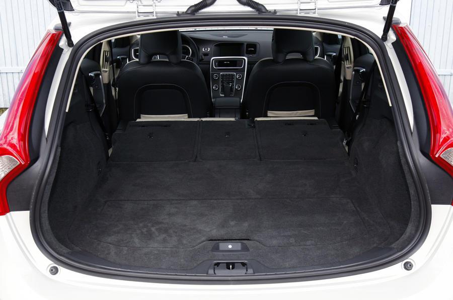 Volvo V60 D3 SE review | Autocar