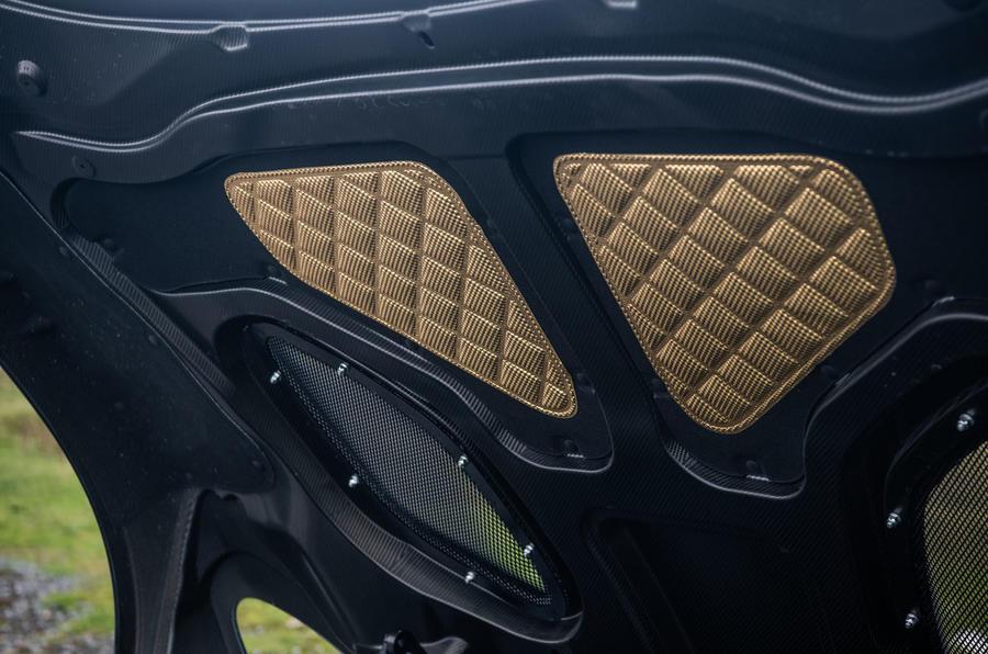 Aston Martin Dbs Superleggera Rt Bonnet Gold