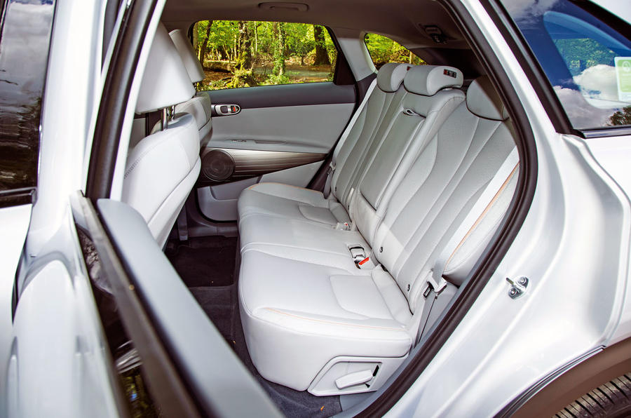 Hyundai Nexo 2019 road test review - rear seats