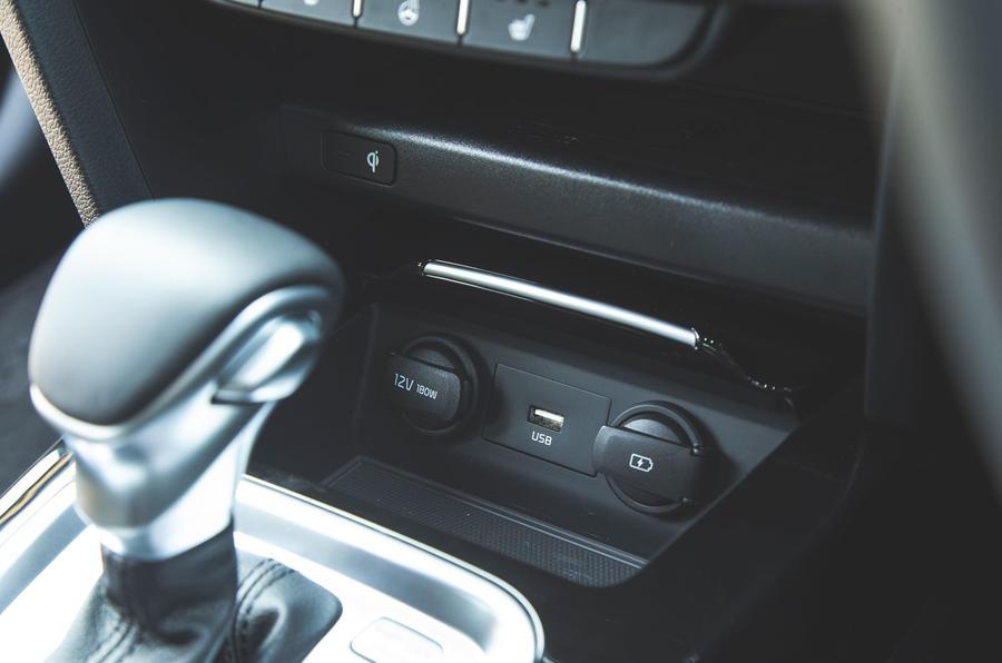 Kia Xceed 2019 road test review - USB port