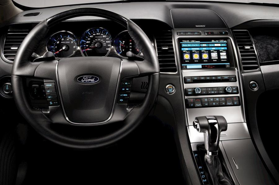 Ford Taurus dashboard