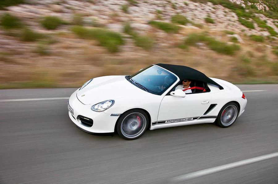 Louis Tomlinson Porsche
