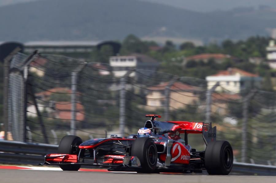 McLarens fast in Turkey