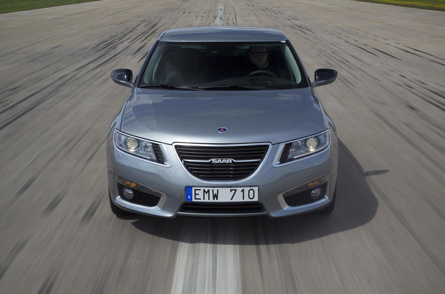 Saab 9-5 front end