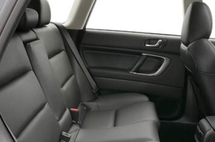 Subaru Legacy 2.0R