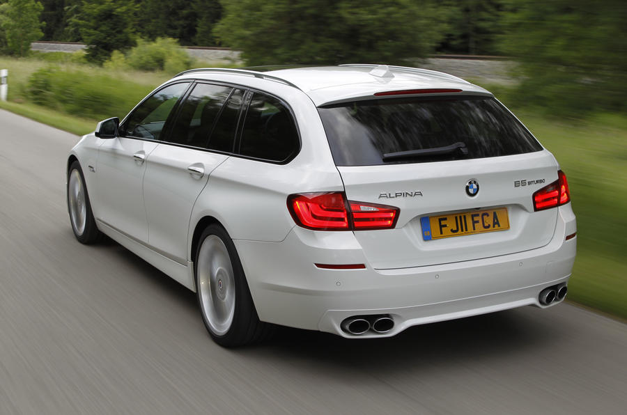 Alpina B5 Touring uses an 8-speed gearbox