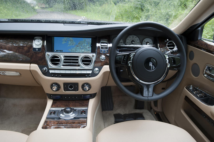 Rolls-Royce Ghost EWB dashboard