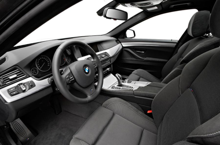 BMW 525d SE interior