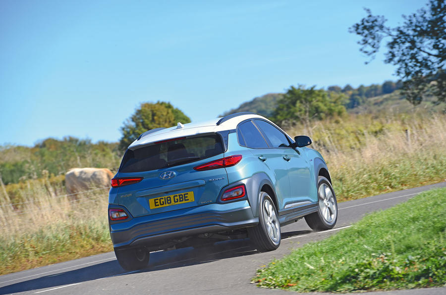 Hyundai Kona Electric 2018 road test review - cornering rear