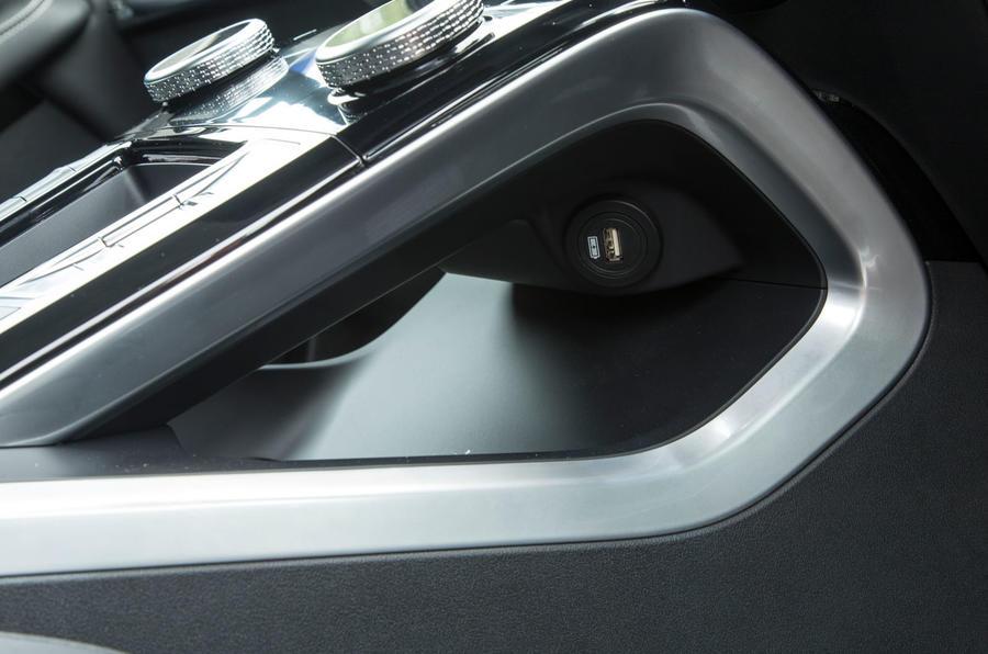 Jaguar I-Pace 2018 road test review USB port