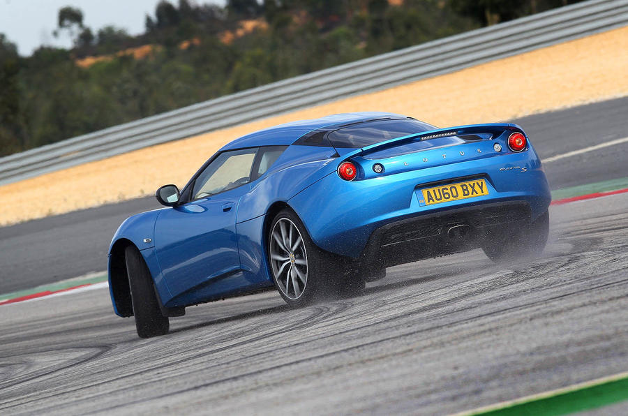 Lotus Evora S rear cornering