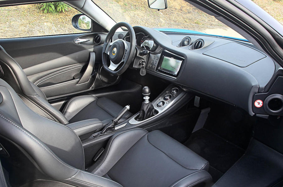 Lotus Evora S interior
