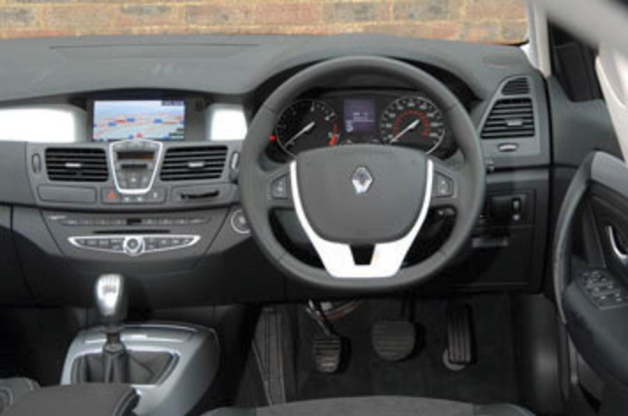 Renault Laguna 2.0 dCi 150 Dynamique S