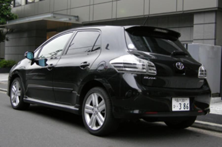 Toyota Blade Master-G