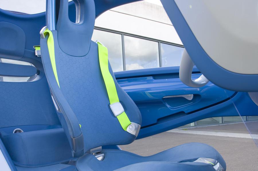 Renault Twizy Z.E. Concept rear seats