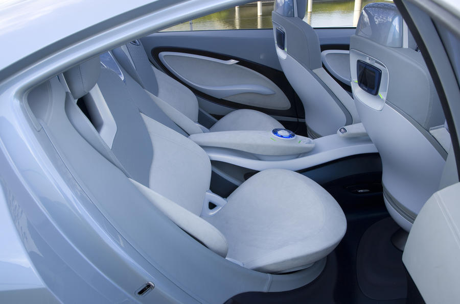 Renault Fluence Z.E. Concept rear seats
