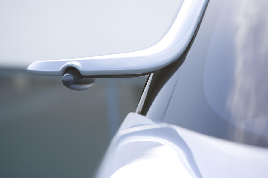 Renault Fluence Z.E. Concept wing mirror