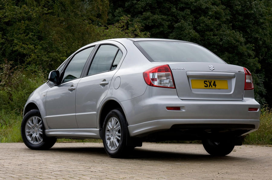 Suzuki SX4 rear quarter