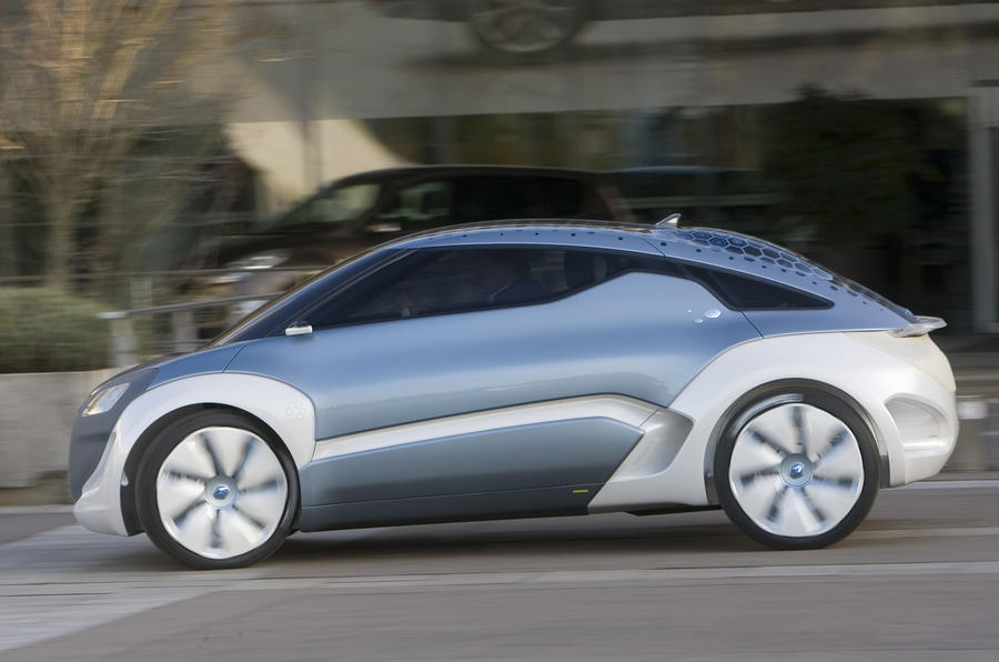 Renault Zoe Z.E. Concept on the road