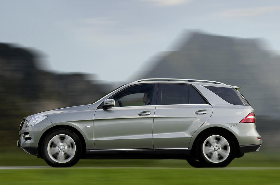 Mercedes-Benz ML 250 side profile