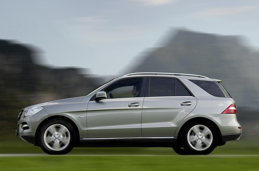 Mercedes-Benz ML 250 side profile