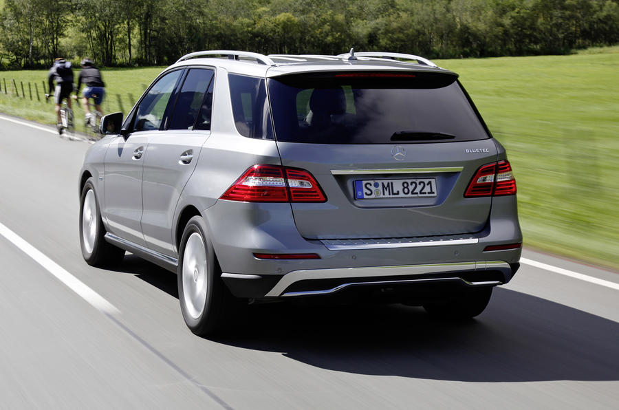 Mercedes-Benz ML 250 rear