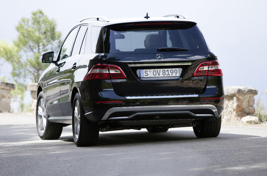 Mercedes-Benz ML 350 rear