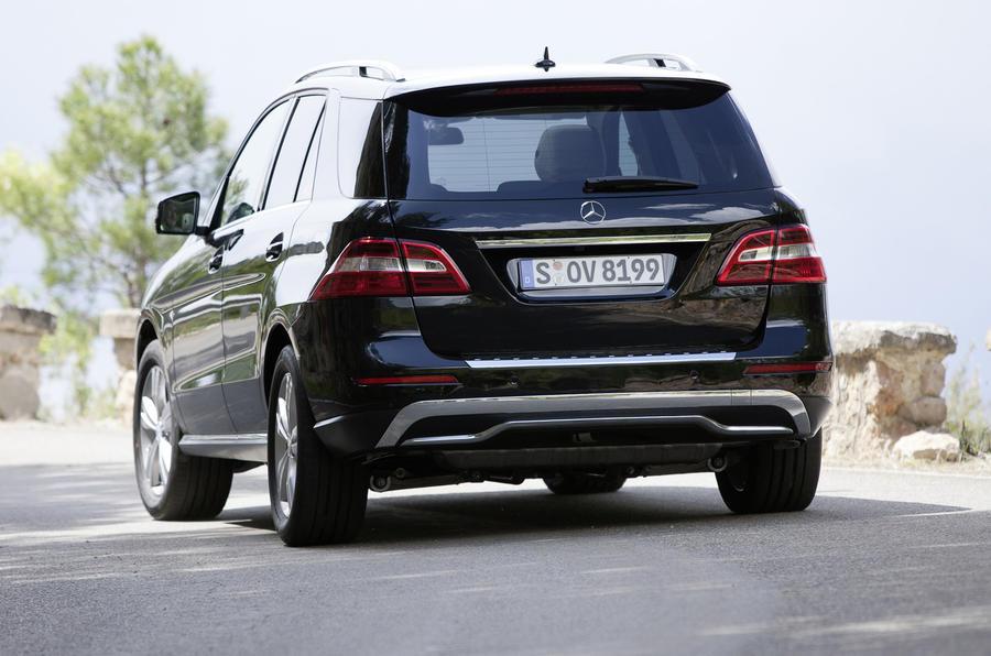 Mercedes-Benz ML 350 rear
