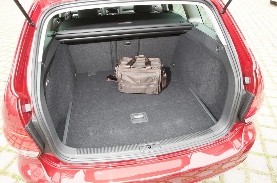 Volkswagen Golf 1 6 Tdi Estate Review Autocar