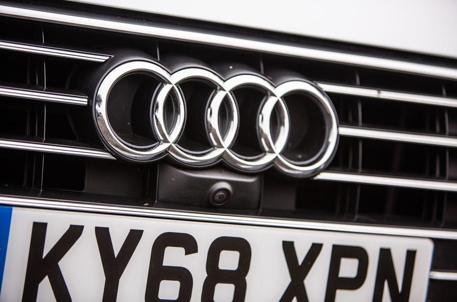 Audi A6 Avant 2018 road test review - bonnet badge