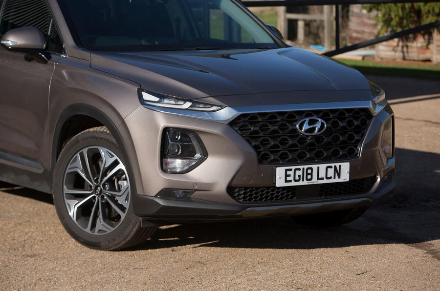 Hyundai Santa Fe 2019 road test review - front bumper