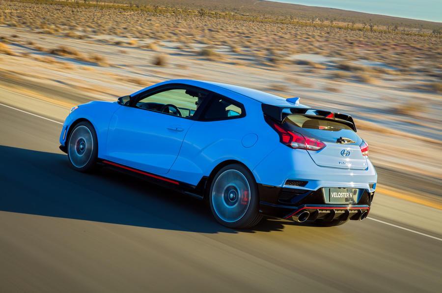 Hyundai Veloster N 2018 review - hero rear