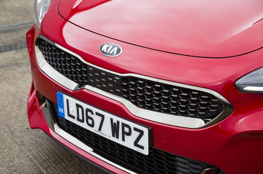 Kia Stinger GT line 2018 review grille
