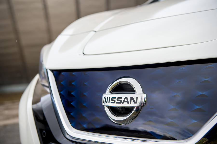 Nissan Leaf 2018 UK review front bumper